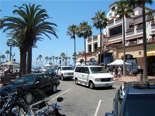 Best Shopping Centers in Huntington Beach